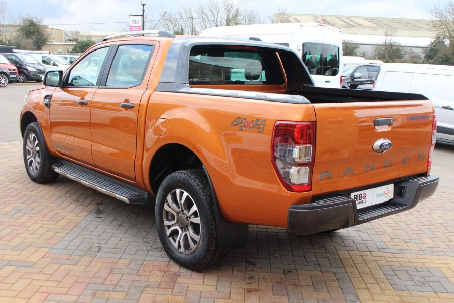 FORD RANGER WILDTRAK 4X4 TDCI 197 DOUBLE CAB - 7360 - 7