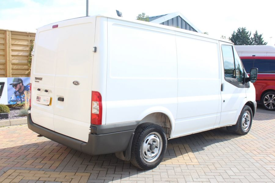 FORD TRANSIT 280 TDCI 125 SWB LOW ROOF FWD - 6451 - 5