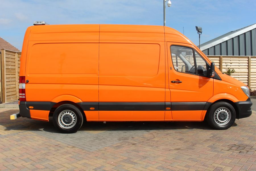 MERCEDES SPRINTER 313 CDI 129 MWB HIGH ROOF MOBILE TYRE FITTING - 8117 - 4