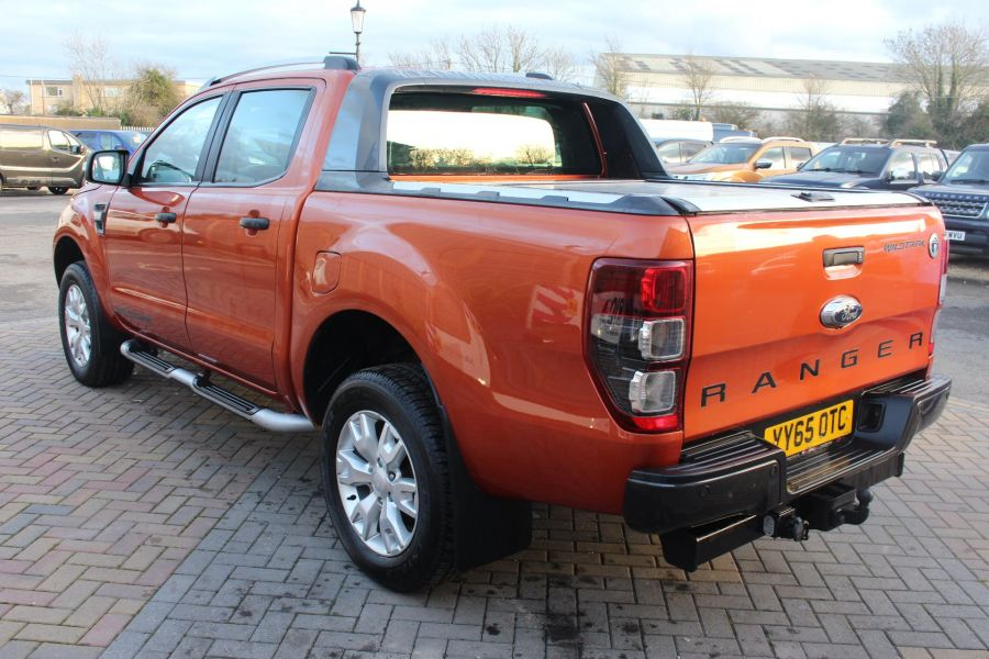 FORD RANGER WILDTRAK TDCI 200 4X4 DOUBLE CAB WITH ROLL'N'LOCK TOP - 8827 - 7