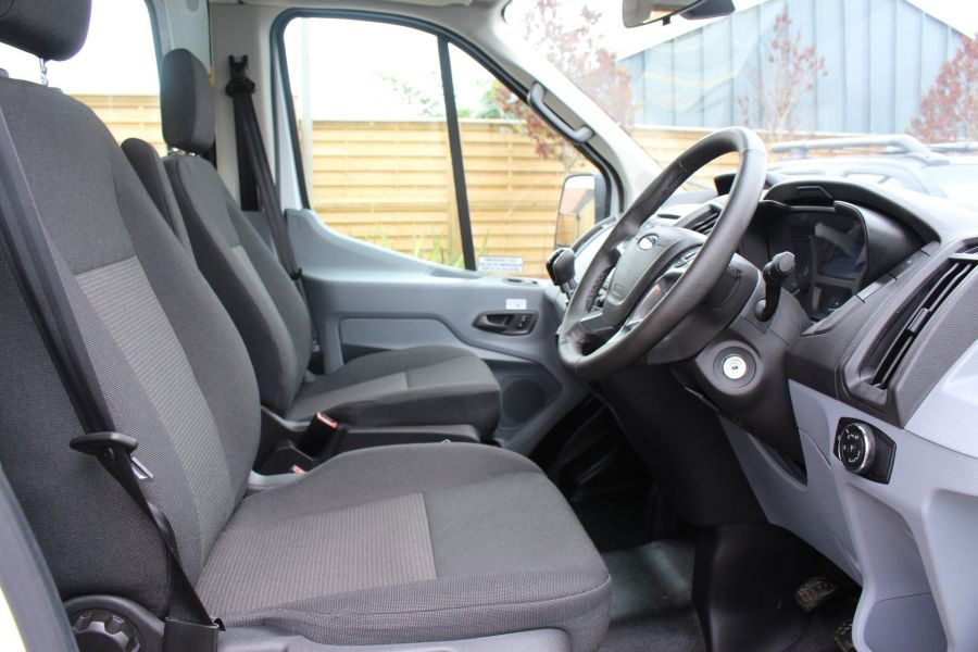 FORD TRANSIT 460 TDCI 125 L4 H3 LWB HIGH ROOF 17 SEAT BUS RWD - 6608 - 11