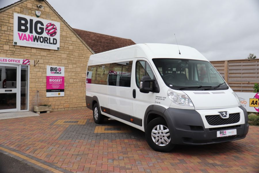 PEUGEOT BOXER 440 HDI 130 L4H2 17 SEAT BUS HIGH ROOF WITH WHEELCHAIR ACCESS - 9625 - 1