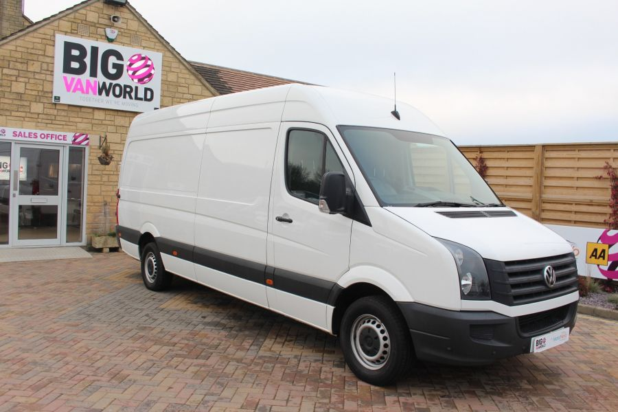 VOLKSWAGEN CRAFTER CR35 TDI 136 LWB HIGH ROOF - 6890 - 2