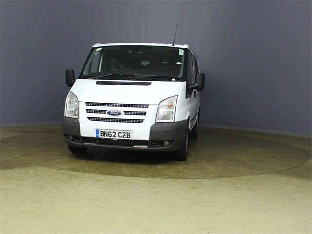 FORD TRANSIT 280 TDCI 125 TREND TOURNEO SWB LOW ROOF 9 SEAT MINIBUS FWD - 7621 - 6