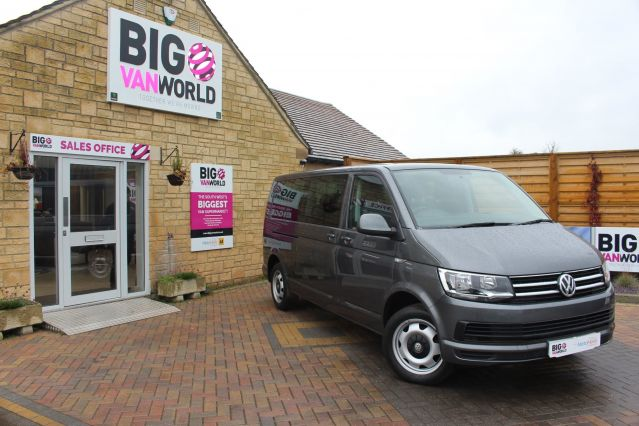 Used VOLKSWAGEN TRANSPORTER SHUTTLE in Used Vans Swindon for sale
