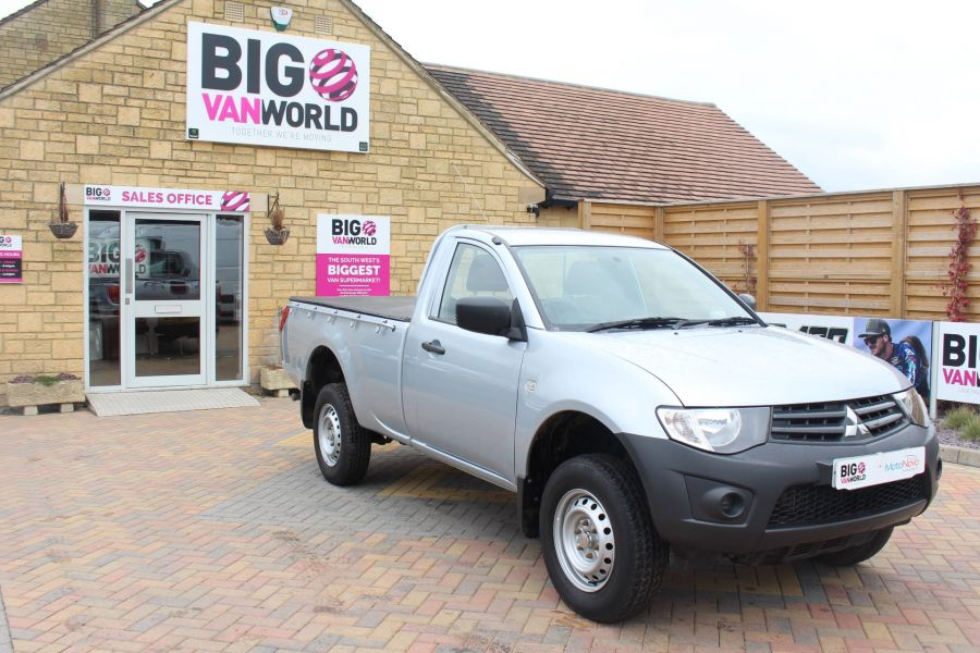 MITSUBISHI L200 DI-D 134 4X4 4LIFE LWB SINGLE CAB WITH TONNEAU COVER - 7477 - 2