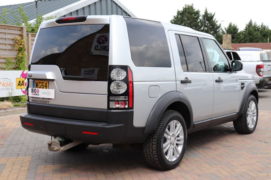 LAND ROVER DISCOVERY SDV6 255 COMMERCIAL XS - 9523 - 5