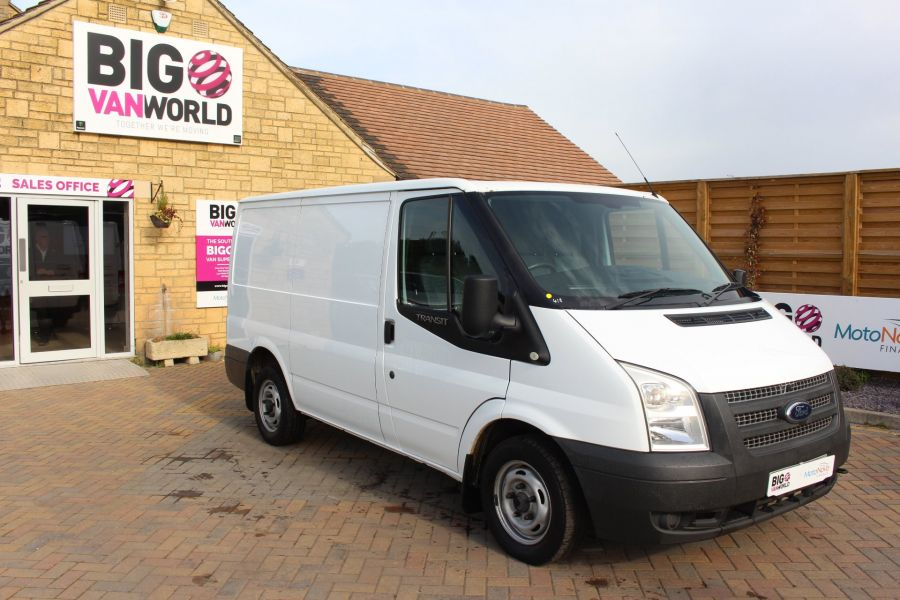 FORD TRANSIT 300 TDCI 100 SWB LOW ROOF FWD - 6546 - 2