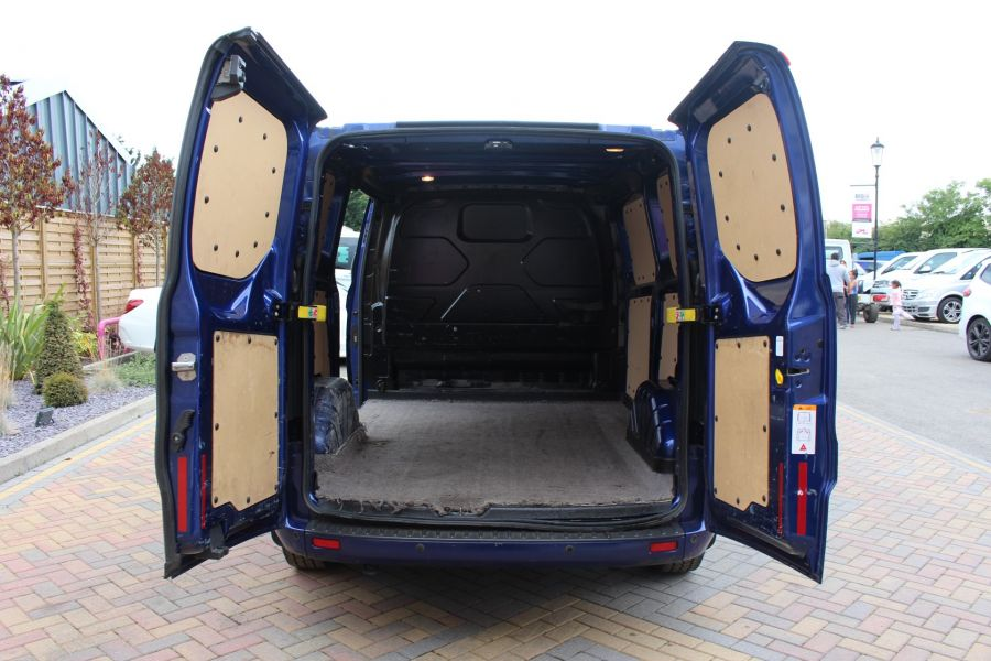 FORD TRANSIT CUSTOM 270 TDCI 155 LIMITED L1 H1 SWB LOW ROOF FWD - 6586 - 25