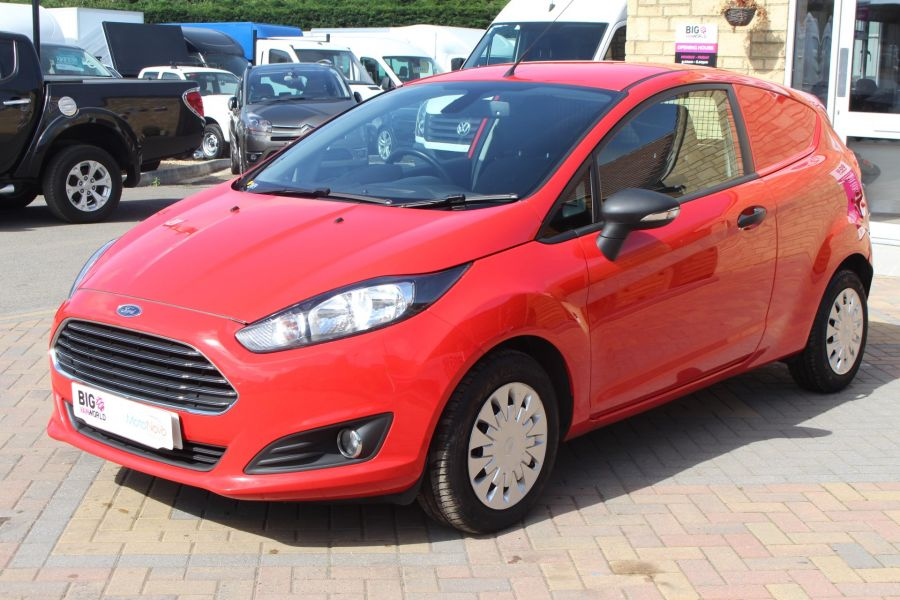 FORD FIESTA TDCI 95 ECONETIC TREND - 6293 - 9