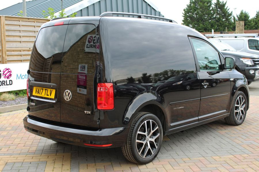 VOLKSWAGEN CADDY C20 TDI 102 BLACK EDITION - 9301 - 5
