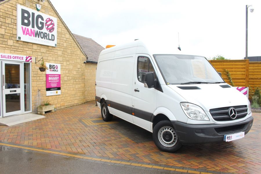 MERCEDES SPRINTER 316 CDI MWB HIGH ROOF - 6253 - 1