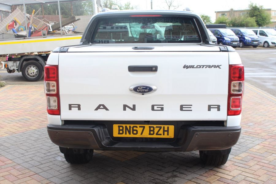 FORD RANGER WILDTRAK TDCI 200 4X4 DOUBLE CAB WITH ROLL'N'LOCK TOP - 9156 - 6