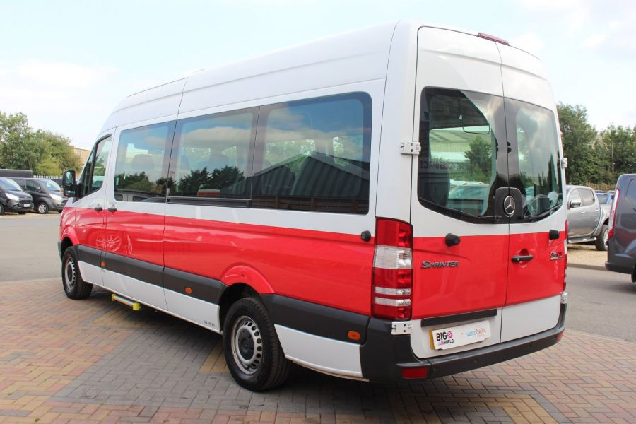 MERCEDES SPRINTER 316 CDI 163 TRAVELINER LWB 15 SEAT BUS HIGH ROOF - 8100 - 7