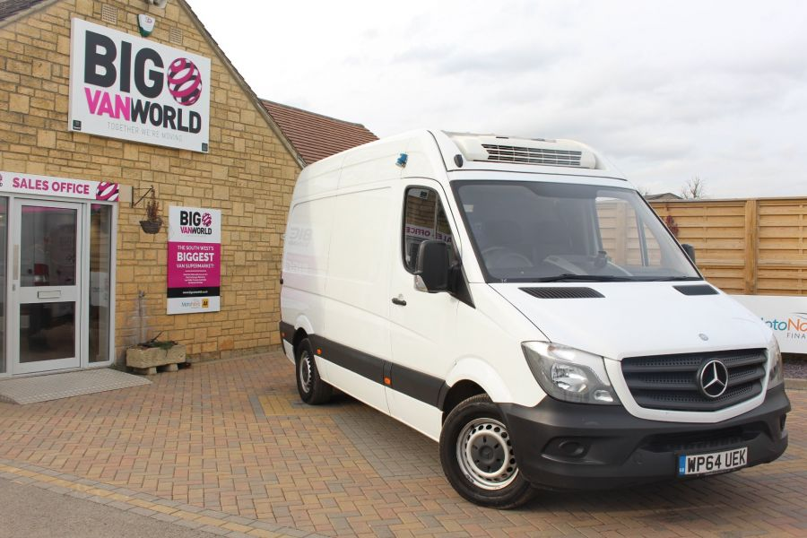 MERCEDES SPRINTER 313 CDI MWB HIGH ROOF FRIDGE / FREEZER VAN WITH OVERNIGHT - 7254 - 1