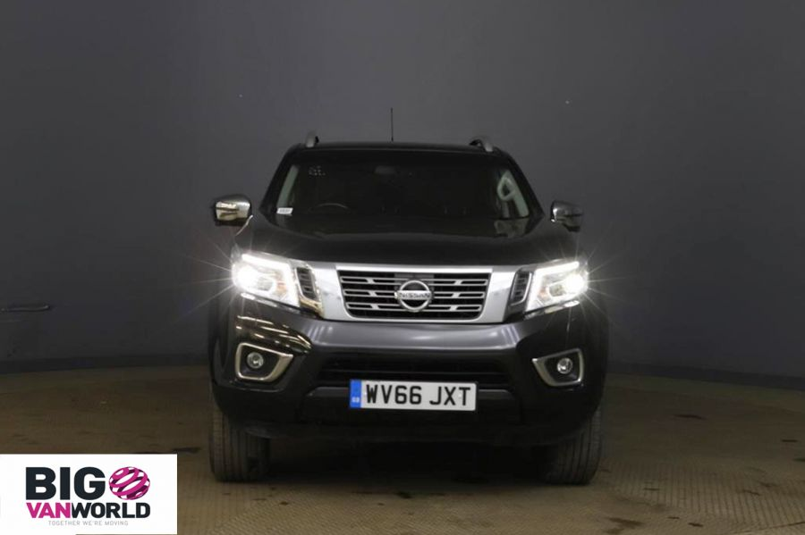 NISSAN NAVARA DCI 190 TEKNA 4X4 DOUBLE CAB WITH TRUCKMAN TOP - 11076 - 7