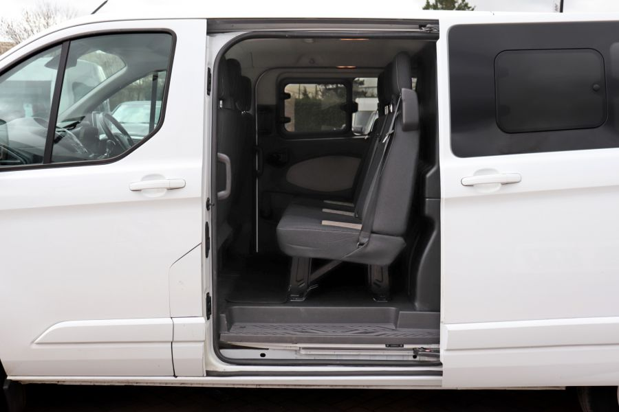 FORD TRANSIT CUSTOM 310 TDCI 130 L2H1 LIMITED DOUBLE CAB 6 SEAT CREW VAN LWB LOW ROOF FWD  (13819) - 12104 - 39