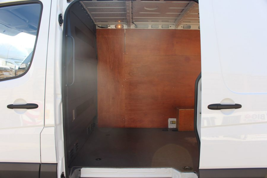 MERCEDES SPRINTER 313 CDI SWB STANDARD LOW ROOF - 8790 - 19