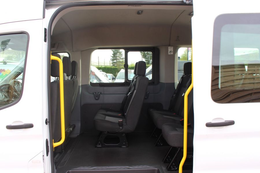 FORD TRANSIT 410 TDCI 125 L3 H2 15 SEAT BUS LWB MEDIUM ROOF - 6975 - 17