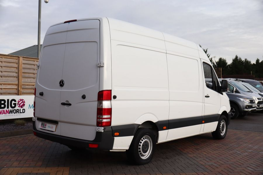MERCEDES SPRINTER 314 CDI 140 MWB HIGH ROOF - 12097 - 8
