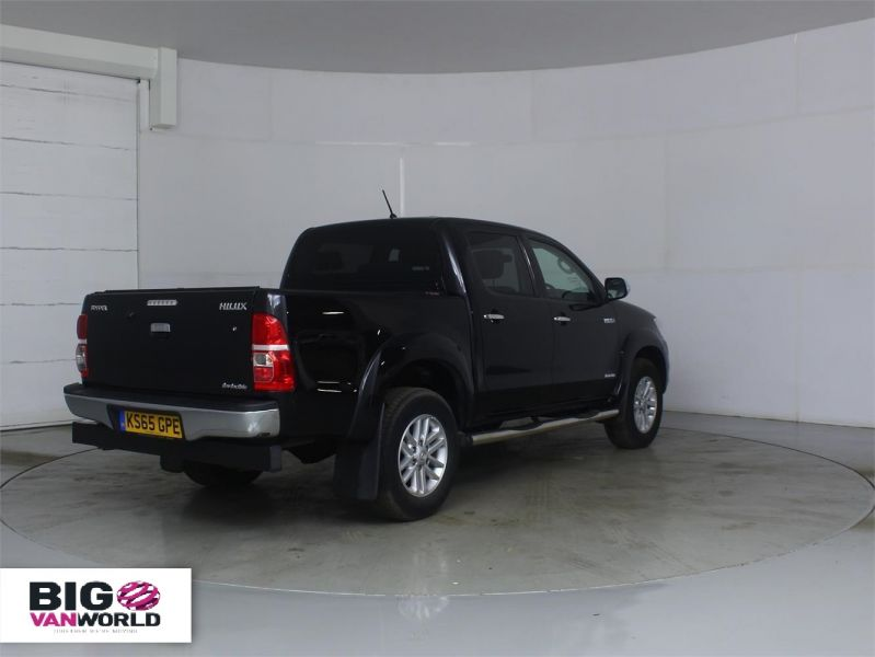 TOYOTA HI-LUX INVINCIBLE 4X4 D-4D 169 DOUBLE CAB WITH ROLL'N'LOCK TOP - 7308 - 2