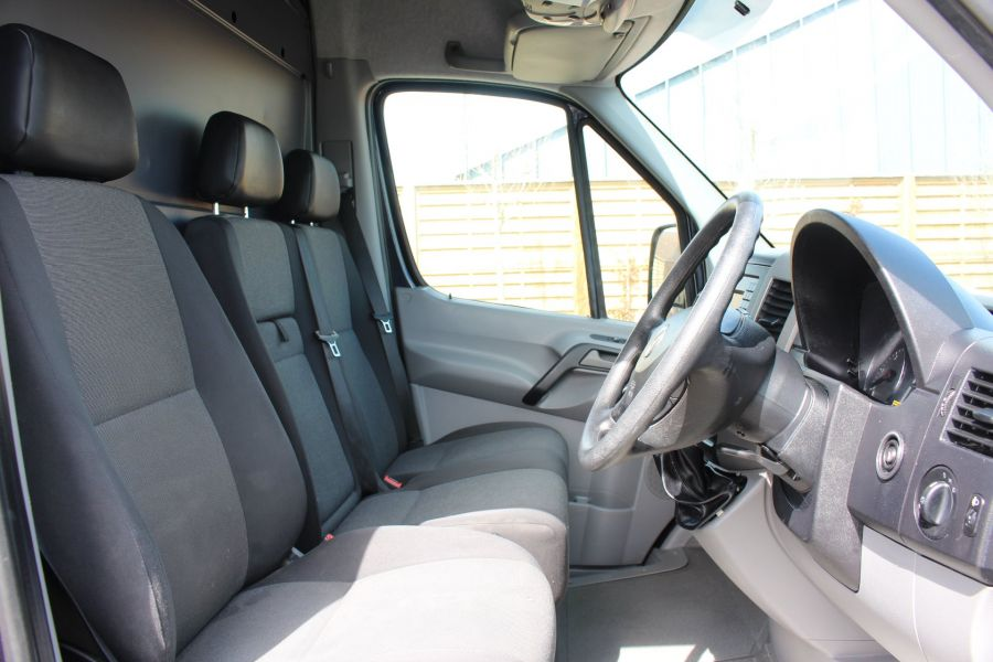 VOLKSWAGEN CRAFTER CR35 TDI 136 LWB HIGH ROOF - 7197 - 11