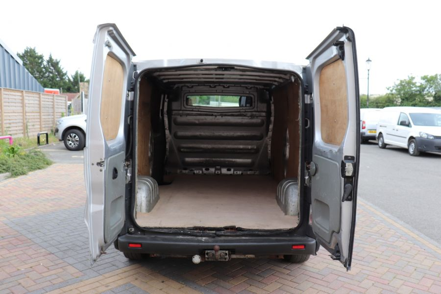 RENAULT TRAFIC LL29 DCI 100 LWB LOW ROOF - 9371 - 25