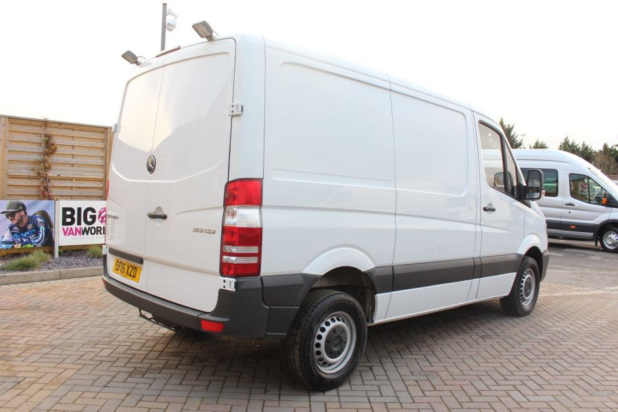 MERCEDES SPRINTER 313 CDI SWB STANDARD LOW ROOF - 8789 - 5