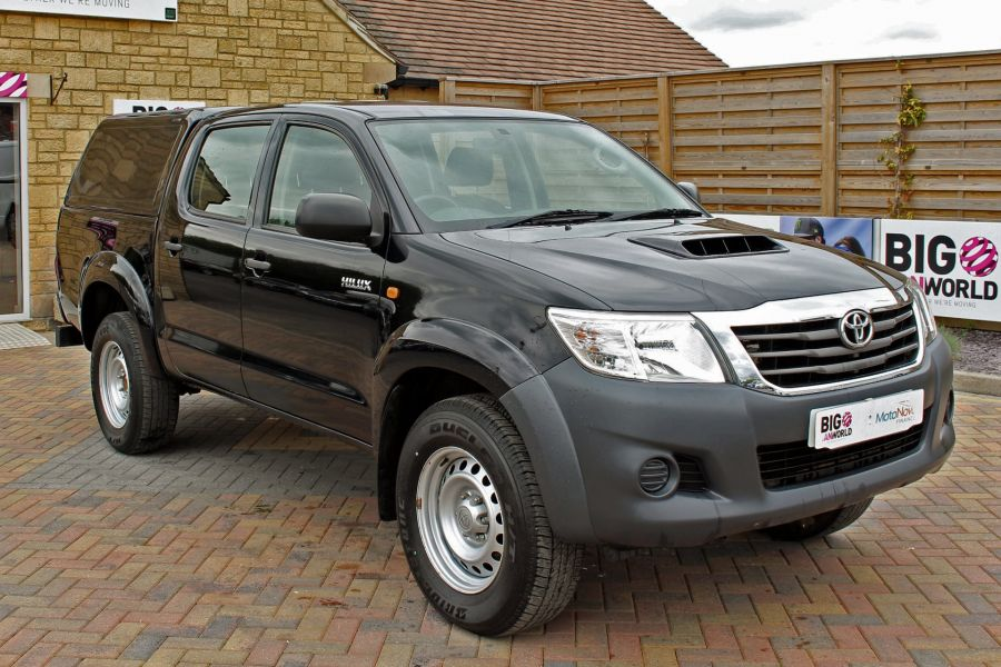 TOYOTA HI-LUX ACTIVE 4X4 D-4D 144 DOUBLE CAB WITH TRUCKMAN TOP - 9046 - 1