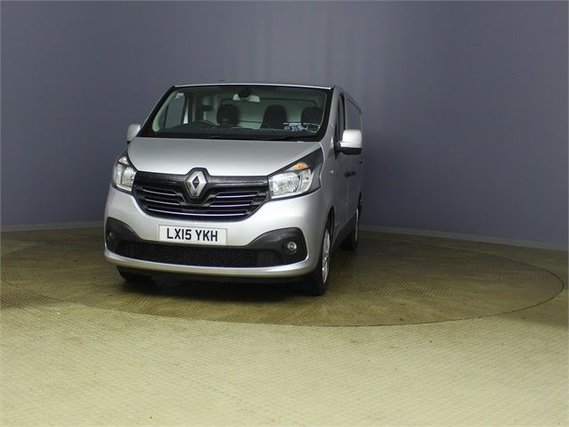 RENAULT TRAFIC SL27 DCI 120 SPORT ENERGY SWB LOW ROOF - 7629 - 6