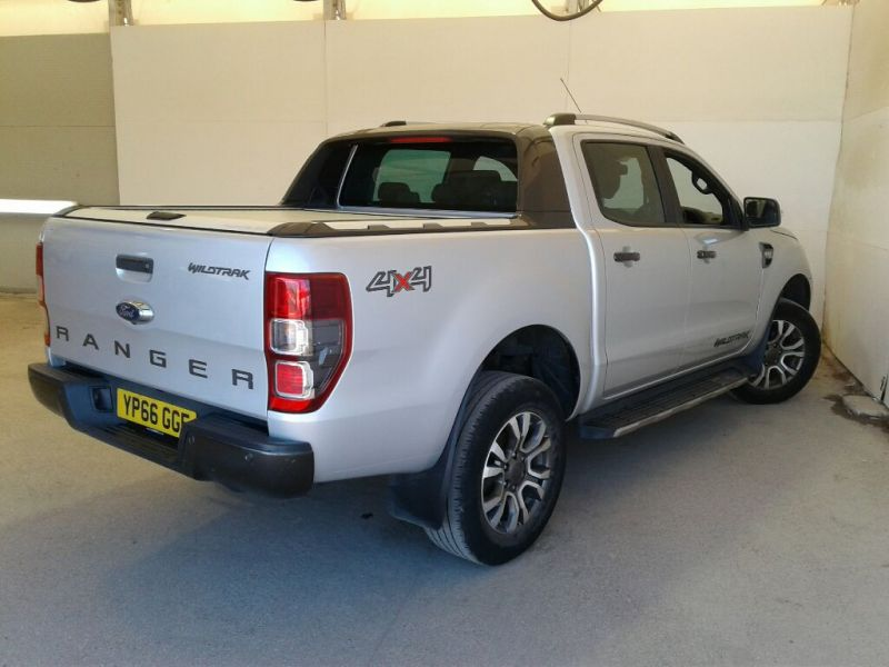 FORD RANGER WILDTRAK TDCI 200 4X4 DOUBLE CAB WITH ROLL'N'LOCK TOP  - 9989 - 3