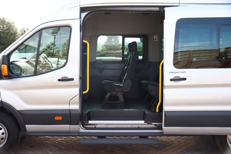 FORD TRANSIT 460 TDCI 155 L4H3 TREND 17 SEAT BUS HIGH ROOF DRW RWD - 9897 - 34