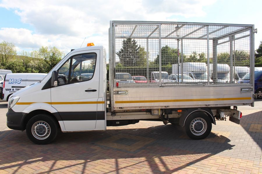 MERCEDES SPRINTER 314 CDI 140 SINGLE CAB CAGED ALLOY TIPPER - 9303 - 8