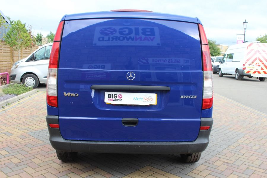 MERCEDES VITO 109 CDI COMPACT SWB LOW ROOF - 6539 - 6