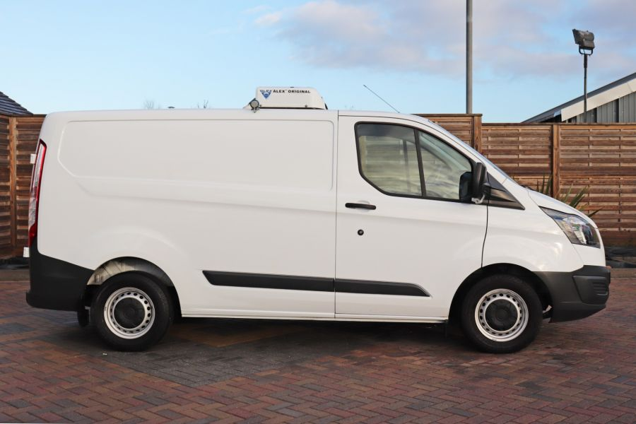 FORD TRANSIT CUSTOM 270 TDCI 105 L1H1 SWB LOW ROOF FRIDGE VAN WITH OVERNIGHT FWD - 11587 - 7