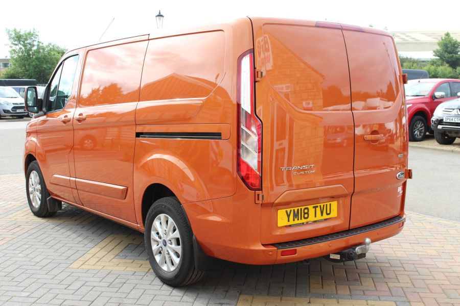FORD TRANSIT CUSTOM 280 TDCI 130 L1 H1 LIMITED SWB LOW ROOF FWD - 9411 - 7