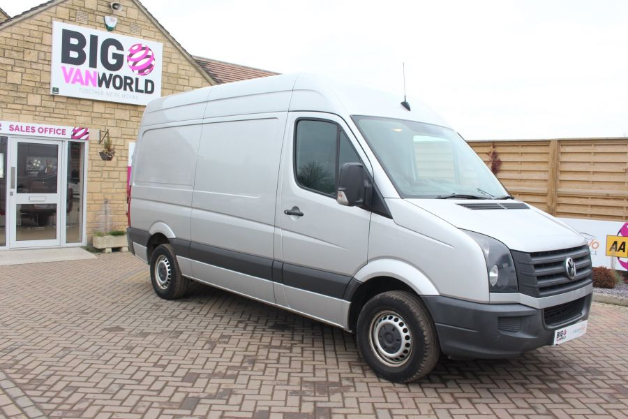 VOLKSWAGEN CRAFTER CR35 TDI MWB HIGH ROOF - 7130 - 2
