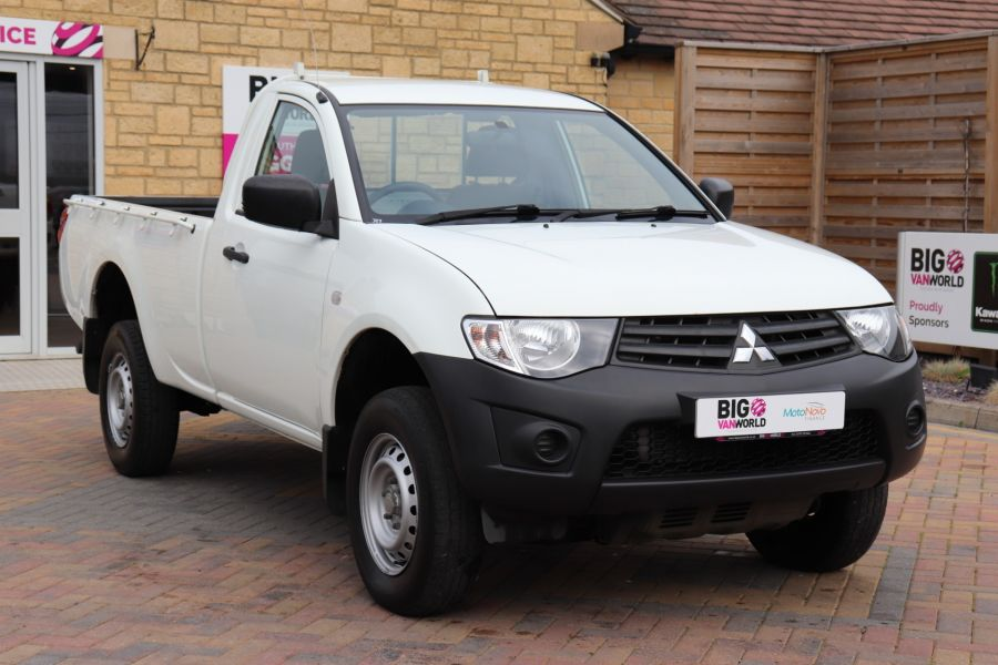 MITSUBISHI L200 DI-D 134 4X4 4LIFE SINGLE CAB - 9556 - 3