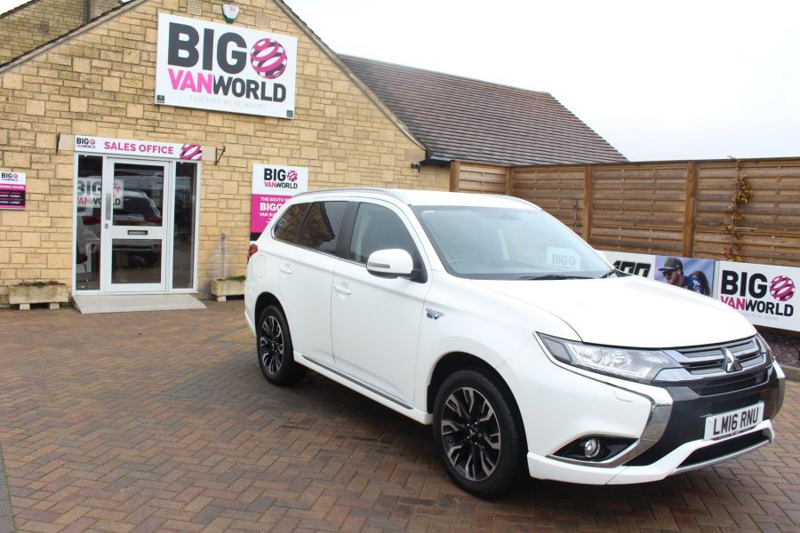 MITSUBISHI OUTLANDER PHEV GX3H 4WORK COMMERCIAL - 9102 - 3