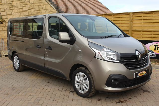Used RENAULT TRAFIC in Used Vans Swindon for sale