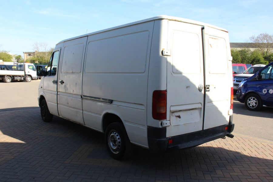 VOLKSWAGEN LT28  2.5TDI MWB LOW ROOF  - 1718 - 5