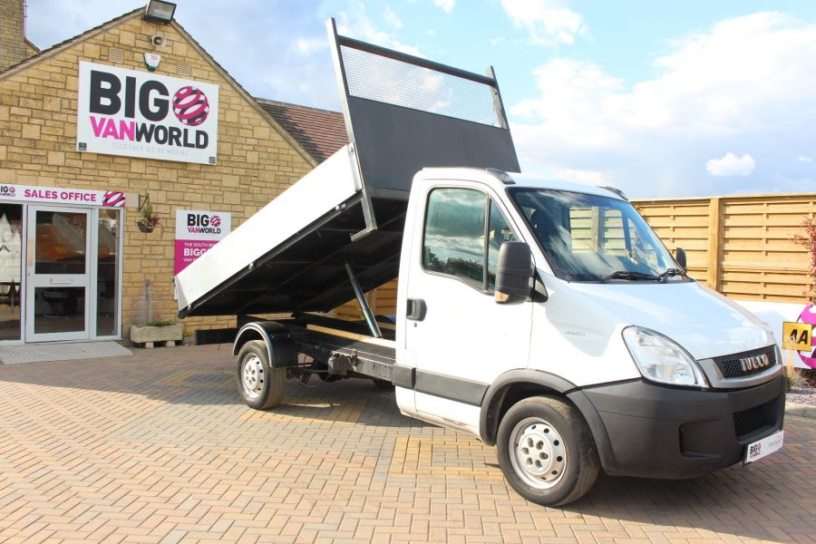 IVECO DAILY 35S11 MWB SINGLE CAB 11FT 6IN ALLOY TIPPER - 5178 - 2
