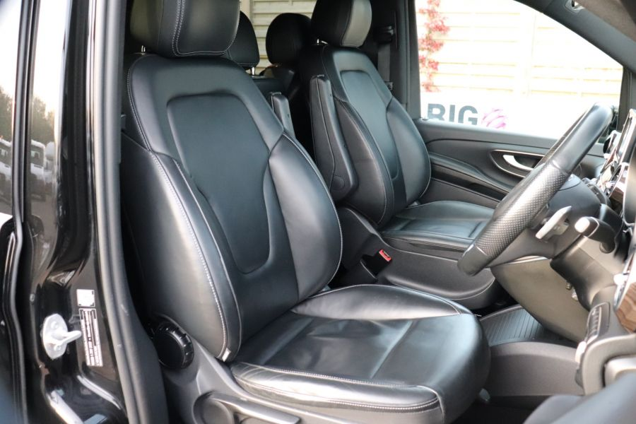 MERCEDES V-CLASS V250 CDI 190 BLUETEC SPORT EXTRA LONG 8 SEATS 7G-TRONIC PLUS - 11775 - 13