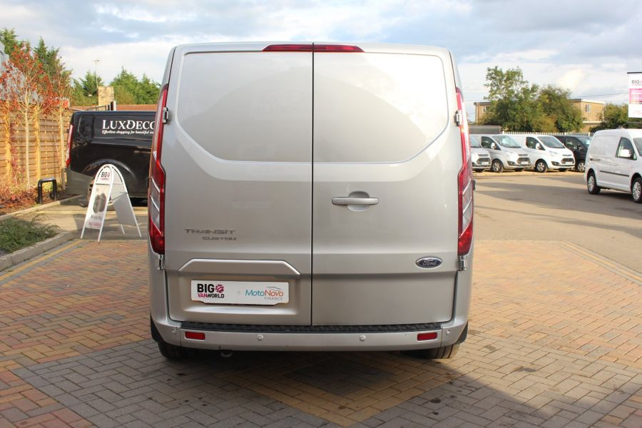 FORD TRANSIT CUSTOM 290 TDCI 125 L1 H1 LIMITED DOUBLE CAB 6 SEAT CREW VAN SWB LOW ROOF FWD - 6791 - 6