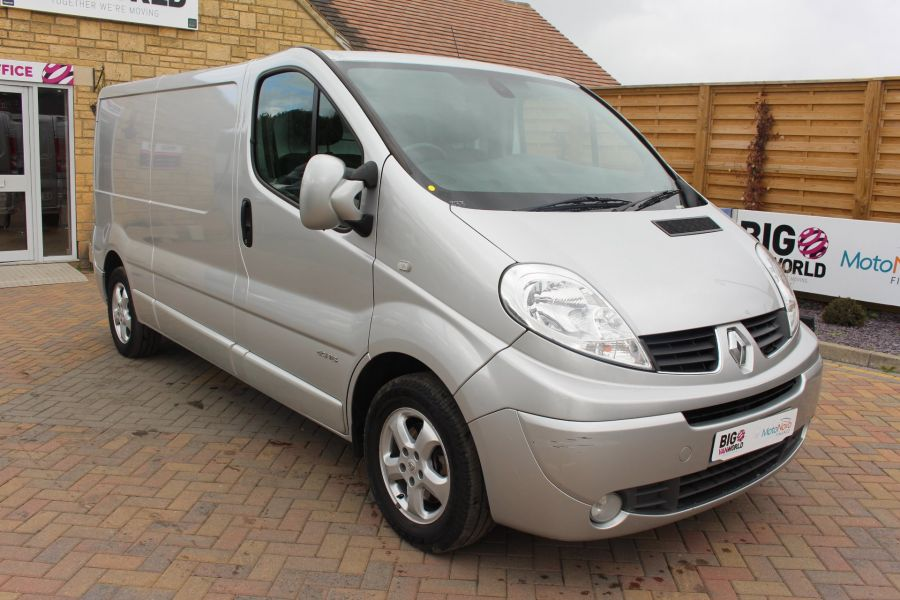 RENAULT TRAFIC LL29 DCI 115 SPORT SPECIAL EDITION LWB LOW ROOF - 6693 - 3