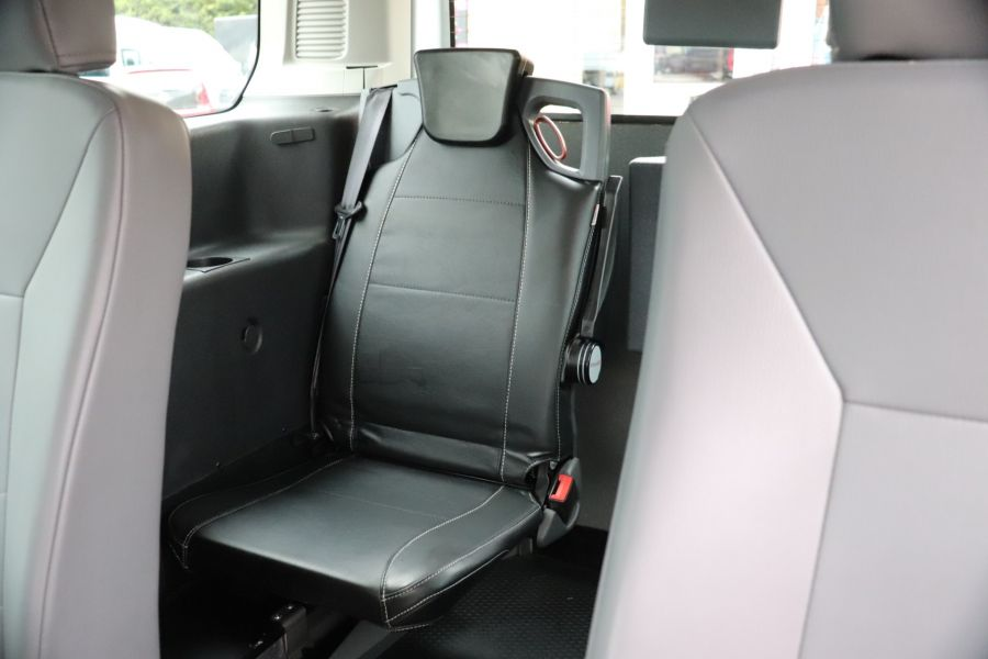 FORD GRAND TOURNEO CONNECT TDCI 95 COMBI VAN WITH WHEELCHAIR ACCESS - 11545 - 36