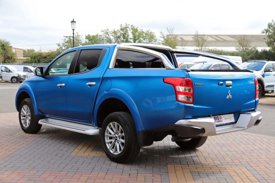 MITSUBISHI L200 DI-D 178 4WD WARRIOR DOUBLE CAB WITH ROLL'N'LOCK TOP - 11123 - 8