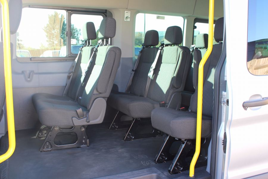 FORD TRANSIT 460 TDCI 155 L4 H3 TREND 18 SEAT BUS - 5330 - 17
