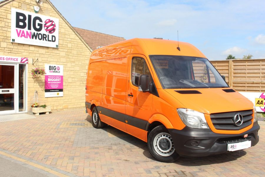 MERCEDES SPRINTER 313 CDI 129 MWB HIGH ROOF MOBILE TYRE FITTING - 8117 - 2