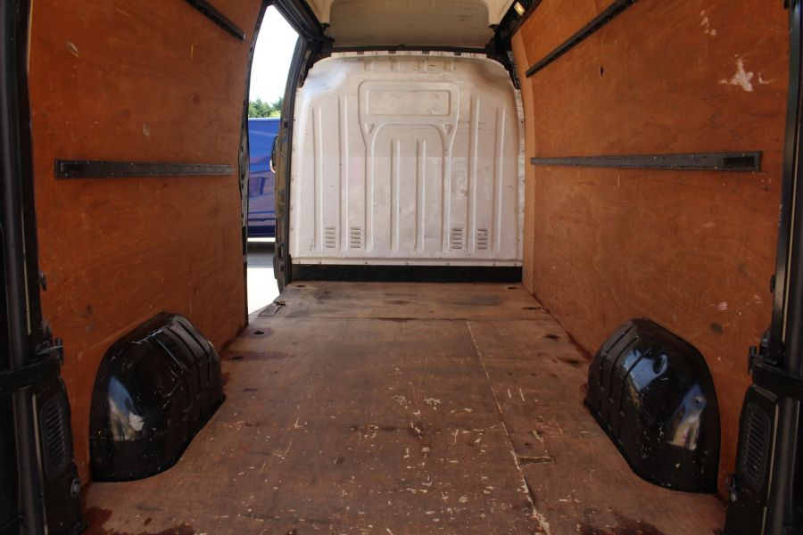 RENAULT MASTER LH35 DCI 150 LWB HIGH ROOF - 6401 - 19